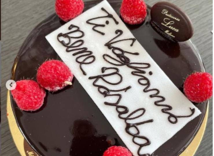 La torta in onore della tata