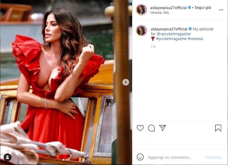 Aida Yespica Vestito Rosso Décolleté