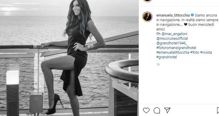 Emanuela Tittocchia posa sensuale