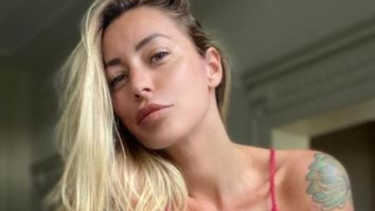 Karina Cascella Cambio Look Video