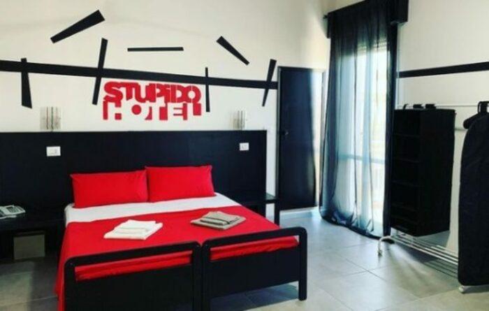 Stupido Hotel di Rimini